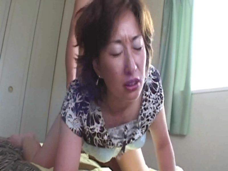 - エロおまんこ 巨乳美人若奥様の濃厚生ハメSEX.