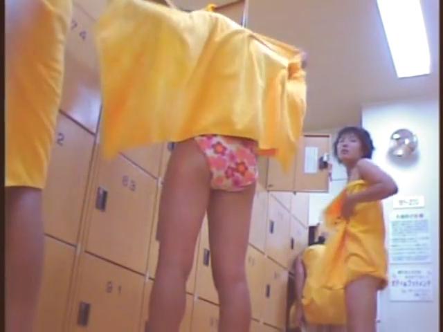 巨乳お姉さんが水着姿でSEXするエロ動画